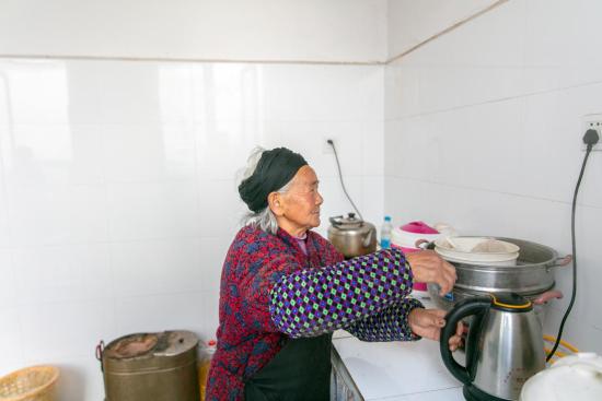张奶奶的新村生活