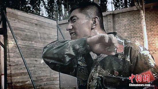 武警新疆边防征兵宣传片出炉 铁血硬汉形象引关注