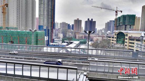 一夜降雪 乌鲁木齐市正式开启冬日模式