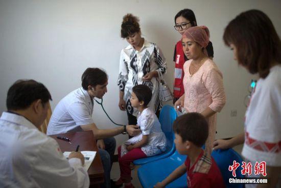 新疆先心病筛查救助行动在疏附县展开