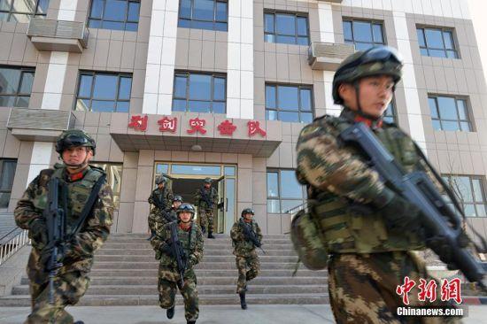 新年伊始 新疆武警开展实战化练兵