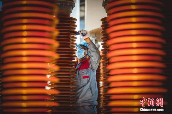 新疆电网开展史上最大规模停电检修工作