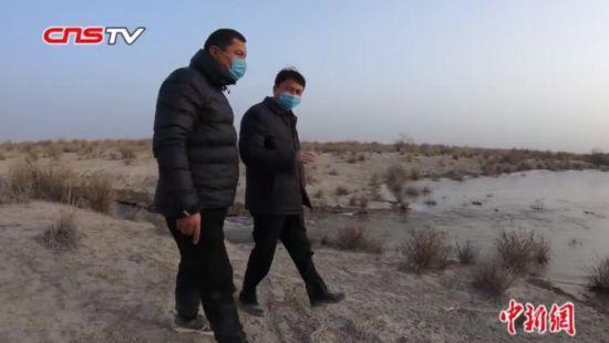 """新疆孔雀河中下游首次冬季输水 为荒漠""""解渴"""""""
