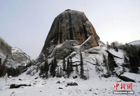 新疆可可托海入选世界地质公园