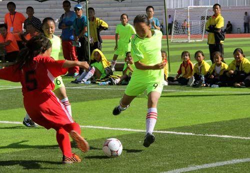 第二师第六届校园足球赛在三十团举办