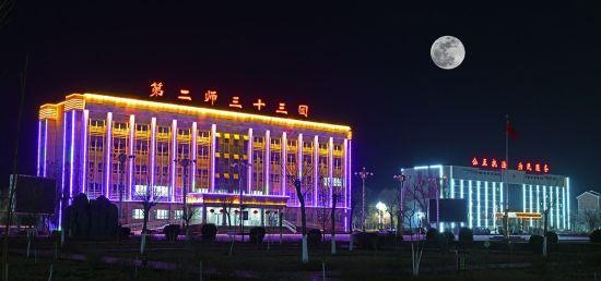 """探访新疆南部大漠深处的""""军垦新城"""""""